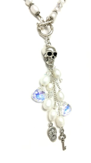 Kinley Skull Sterling Silver Front Toggle Kinley Necklace in Pearls