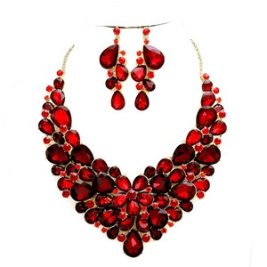Red Siam Rhinestone Crystal Glass Stones Necklace And Earrings