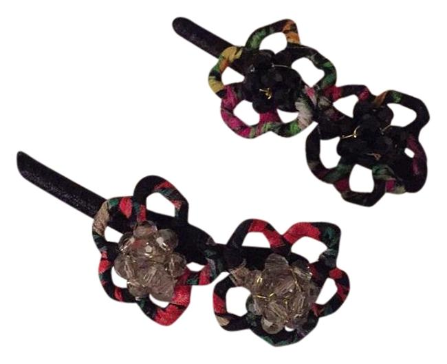 Item - Black/Clear Gems with Floral Combo Jeweled Clips Hair Accessory