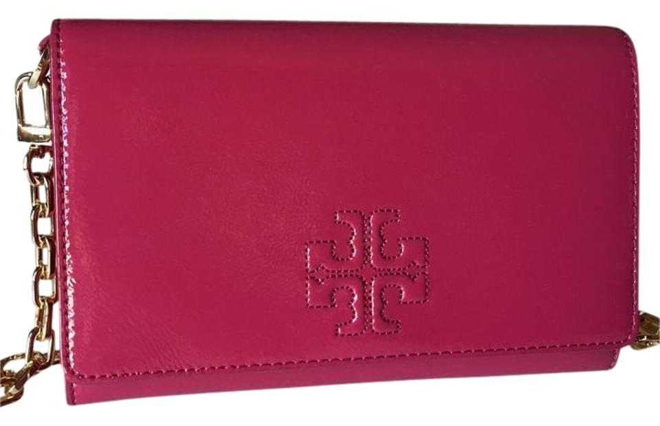 a3ca543bc9425a Tory Burch Charlie Flat Wallet Raspberry Patent Leather Cross Body ...