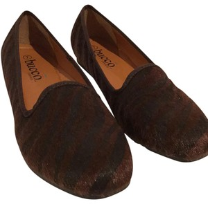 Bucco Dark copper (brown) and black Flats