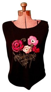 Crossing pointe Beads Flowers Knit Top Black