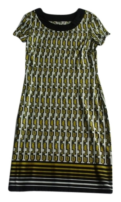 Item - Black and Yellow Above Knee Short Casual Dress Size 8 (M)