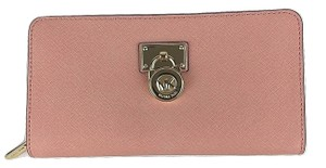 Michael Kors Michael Kors Hamilton Traveler Zip Around Clutch Wallet Saffiano Leather 148.00