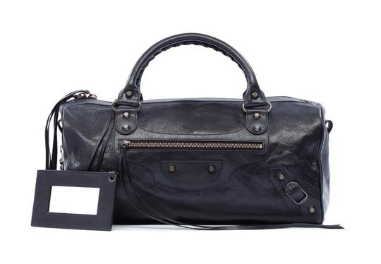 Preload https://img-static.tradesy.com/item/20204759/balenciaga-big-lambskin-soft-black-leather-satchel-0-3-540-540.jpg
