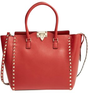 Valentino Rockstud Structured Tote in red