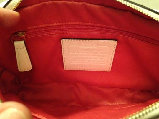 Coach Patent Leather Gold Hardware Cross Body Bag Image 3