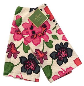 Kate Spade Kate Spade festive floral two pick of towels