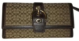 Coach Mini Signature