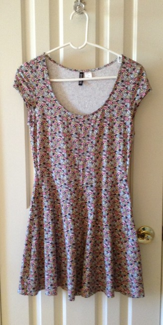 Divided by H&M short dress floral on Tradesy
