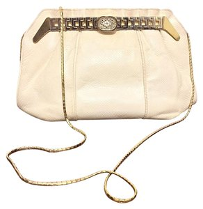 Finesse White Clutch