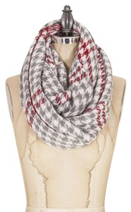 Look by M Infinit Scarf