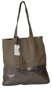 Sanctuary Clothing Leather Tote in Pewter/Dark Taupe