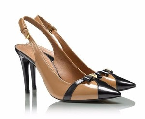 Tory Burch Elegant Sleek Patent Leather Tan Pumps