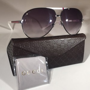 90eae232c54 Gucci Sunglasses on Sale - Up to 70% off at Tradesy