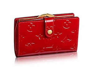 Louis Vuitton French Red Vernis Kisslock Bifold Wallet with Coin Pocket France