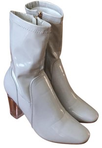 Cafe robbin Creamy white Boots