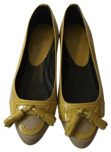 Burberry Tan with yellow accents Flats