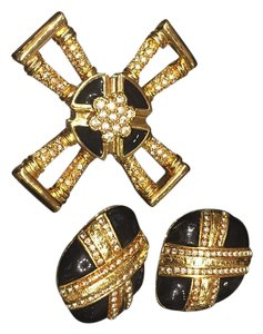 St. John Clip On Earrings Brooch Set
