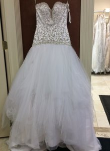 Essense Of Australia 6049 Wedding Dress