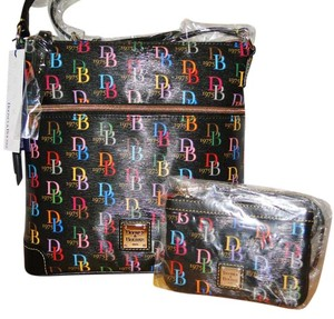 Dooney & Bourke Db75 Wristlet Set Cross Body Bag