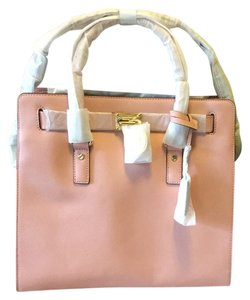 MICHAEL Michael Kors Satchel in Pale Pink
