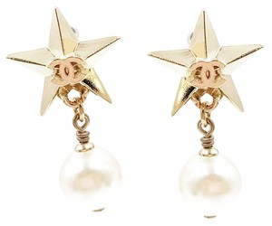 Chanel Brand New 17 Chanel Gold Star Pearl Dangle Piercing Earrings