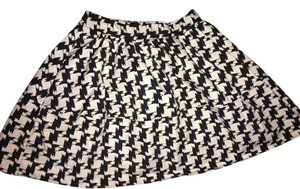 Express Skirt Black and White