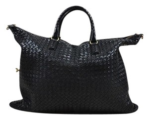 Bottega Veneta Intreciatto Leather Maxi Convertible Satchel in Black