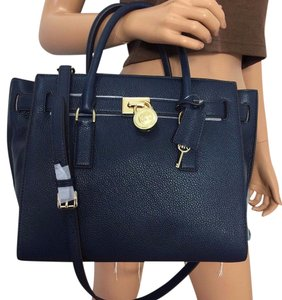 Michael Kors Hamilton Traveler Satchel Navy Travel Bag