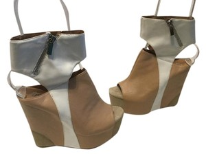 Jeffrey Campbell Ultra High Double Leather Lining Tan and white peep toe wide zipper ankle strap Wedges