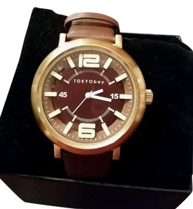 TOKYObay TOKYObay Arena Gold tone and Brown Leather watch TOKYO BAY NEW IN BOX