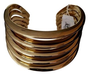Michael Kors MICHAEL KORS GOLD TONE STATEMENT OPEN CUFF BANGLE NEW IN GIFT BOX