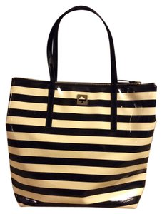 Kate Spade Patent Leather Striped Tote in Black, cream