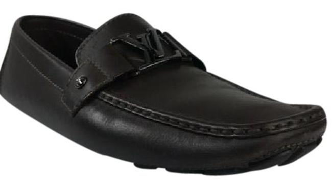 Louis Vuitton Brown Mens Driving Loafers Flats Size US 8.5 Regular (M, B) Louis Vuitton Brown Mens Driving Loafers Flats Size US 8.5 Regular (M, B) Image 1
