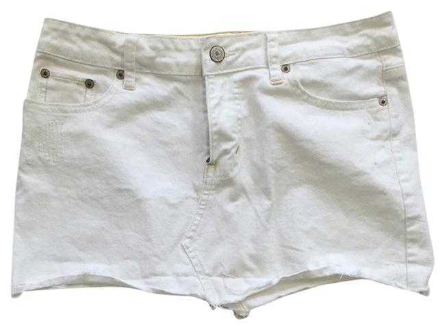 Preload https://item4.tradesy.com/images/american-eagle-outfitters-skirt-white-2021263-0-0.jpg?width=400&height=650