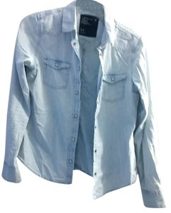 American Eagle Outfitters Aeo Chambrey Blue Button Down Shirt denim