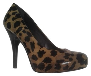 Gianni Bini Animal Print Cheetah Nude Pumps