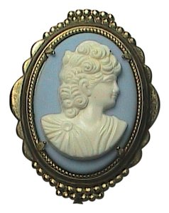 Vintage Blue & White Gold Filled Cameo Brooch
