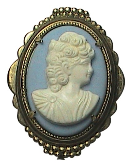 Preload https://img-static.tradesy.com/item/2021394/gold-filled-blue-and-white-cameo-brooch-0-0-540-540.jpg