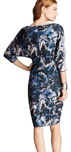 Black Halo Chesney \ Batwing Blue Floral Print Dress