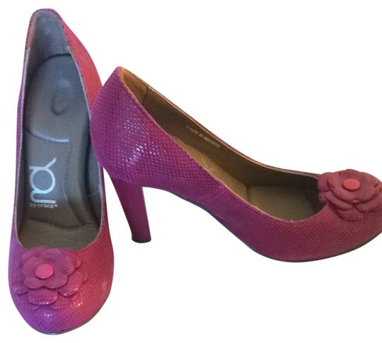 Crocs Pink Pumps