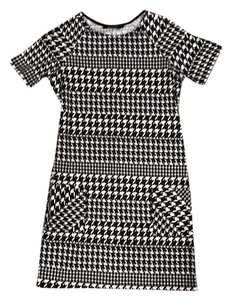 New Look short dress Black and white Houndstooth Shift on Tradesy
