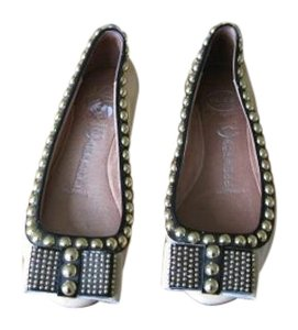 Jeffrey Campbell tan patent ballet flats with black studded trim Flats