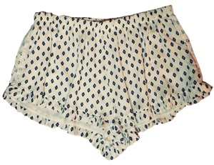 Honey Punch Mini/Short Shorts White