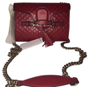 b5ecf5e8696 Gucci Emily Shoulder Bags - Up to 70% off at Tradesy