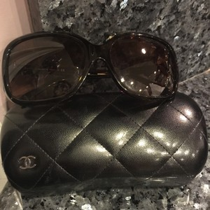 Chanel Chanel oversized sunglasses