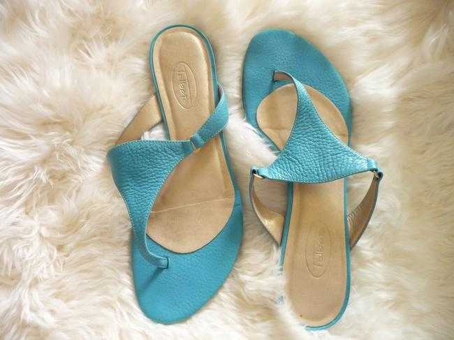 Item - Turquoise and Gold Pebbled Leather Sandals Size US 7.5 Regular (M, B)