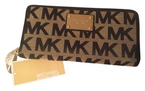 Michael Kors Wallet Black and gold Clutch