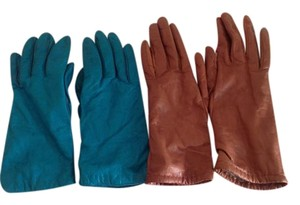 Saks Fifth Avenue Gloves